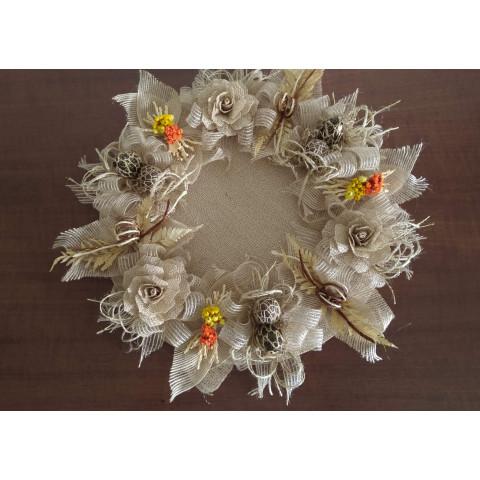 Arranjo de Mesa com Flores de Juta