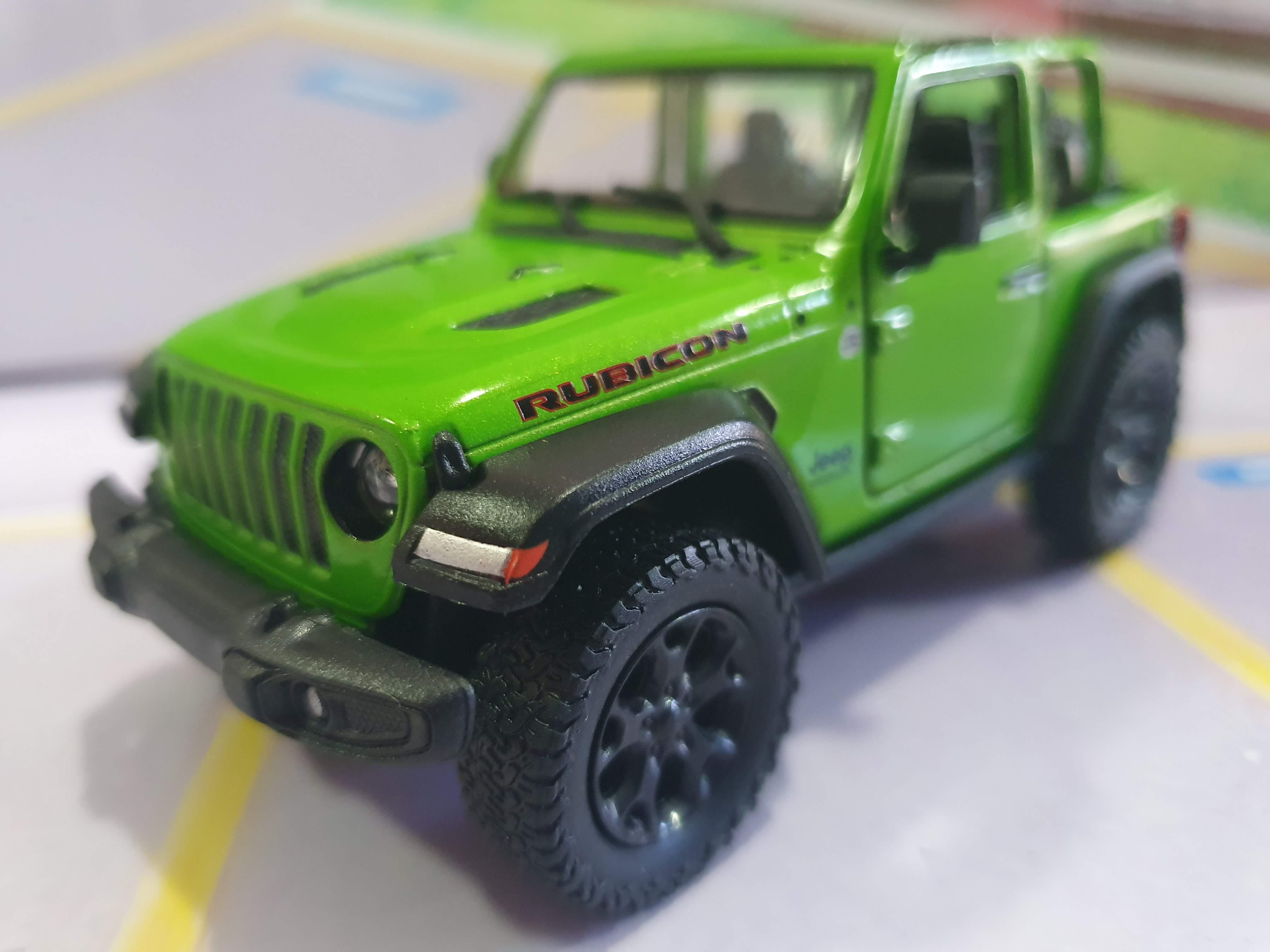 Jeep Wrangler Rubicon sem capota Verde Kinsmart 1:34