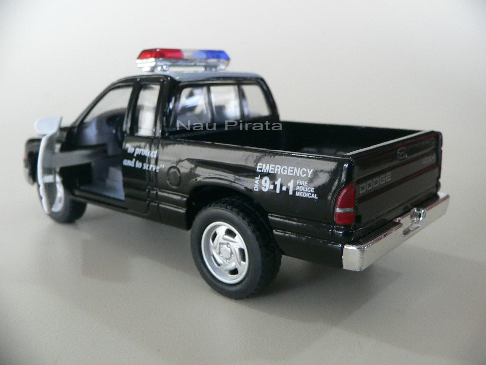 Dodge Ram Polícia Kinsmart 1:44
