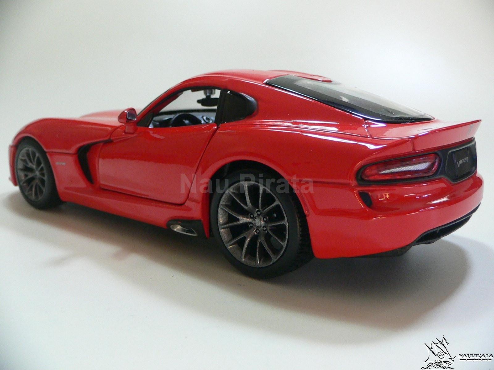 Dodge Viper GTS SRT 2013 Vermelho  Maisto 1:24