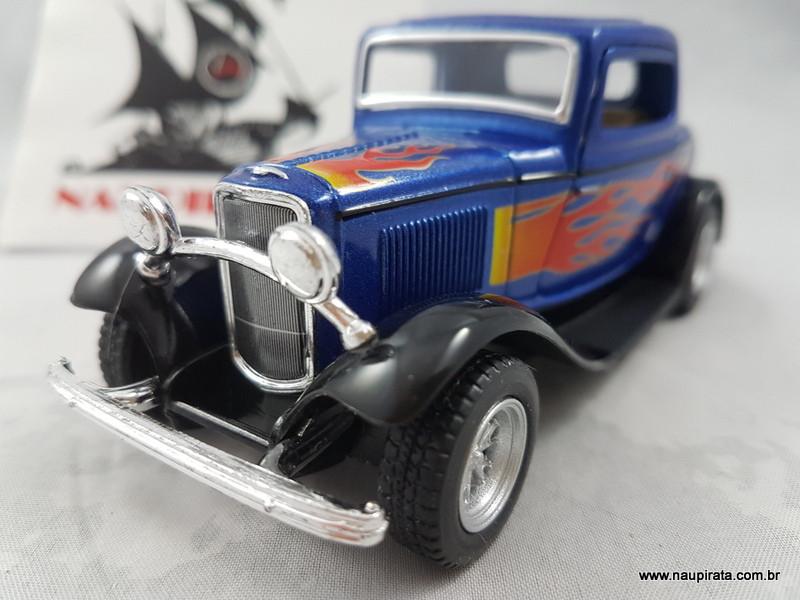 Ford 3-Window Coupé 1932 Azul com Chamas 1:32 Kinsmart