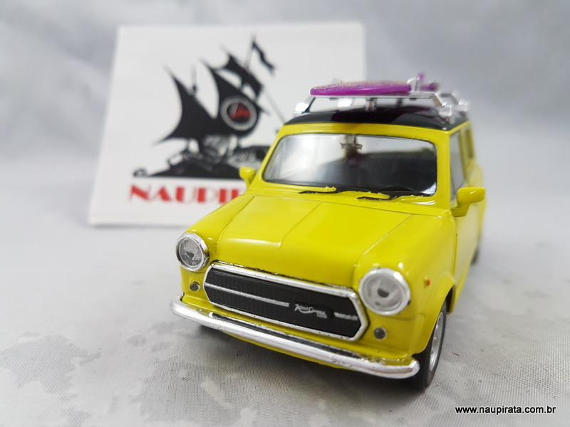Mini Cooper 1300 Amarelo com Prancha Welly