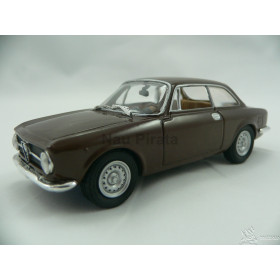 Alfa Romeo 1300 Junior Coupe 1969 Solido Marrom 1:43
