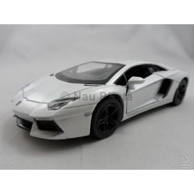 Lamborghini Aventador LP700-4 Branca Kinsmart 1:38