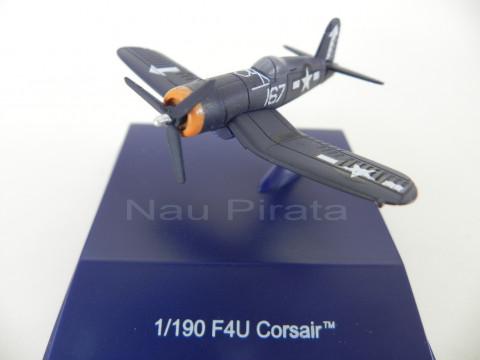 F4U Corsair 1943 New Ray 1:190