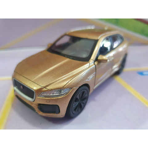 Jaguar F-Pace Dourado1:43 Welly
