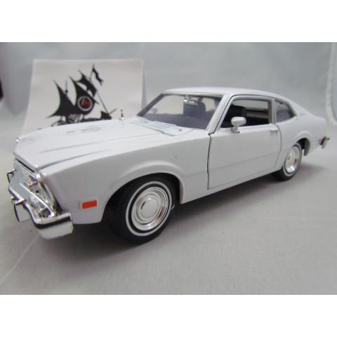 Ford Maverick 1974 Branco  Motormax 1:24