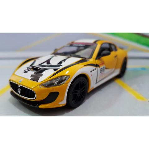 Maserati Gran Turismo MC Stradale Racing Amarelo 1:38 Kinsmart