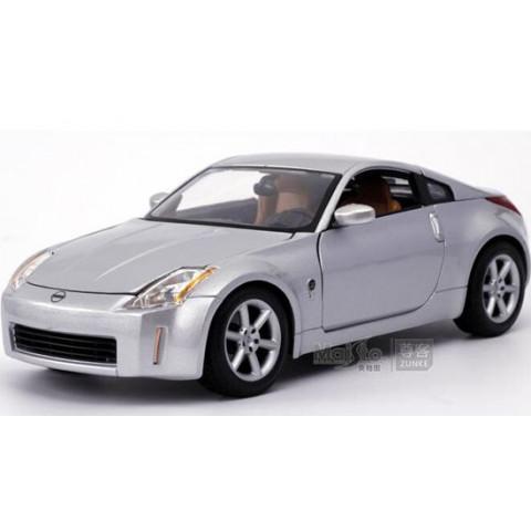 Nissan 350Z Prata Maisto 1:18