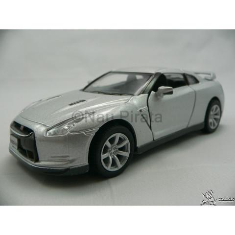 Nissan GT-R R35 2009 Prata 1:36 Kinsmart