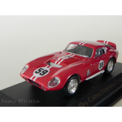 Shelby Cobra Daytona Coupe 1965 Vermelho - Yatming 1:43