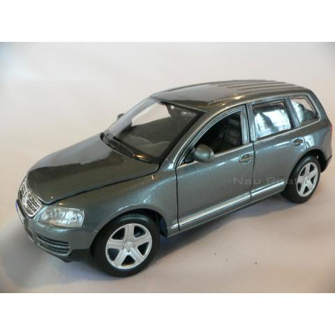 VW Touareg Cinza BBurago 1:24