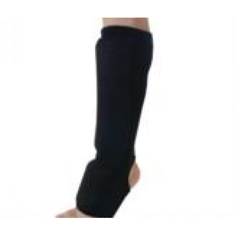 Protetor canela e pé adulto na cor preta Famara(bilateral)-tamanho único-par