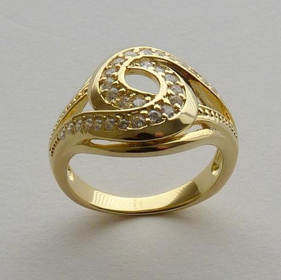 Anel Prata 925 com Garantia e Banho de Ouro Amarelo 30 Zircônias Aro 18 Cód 7525-18