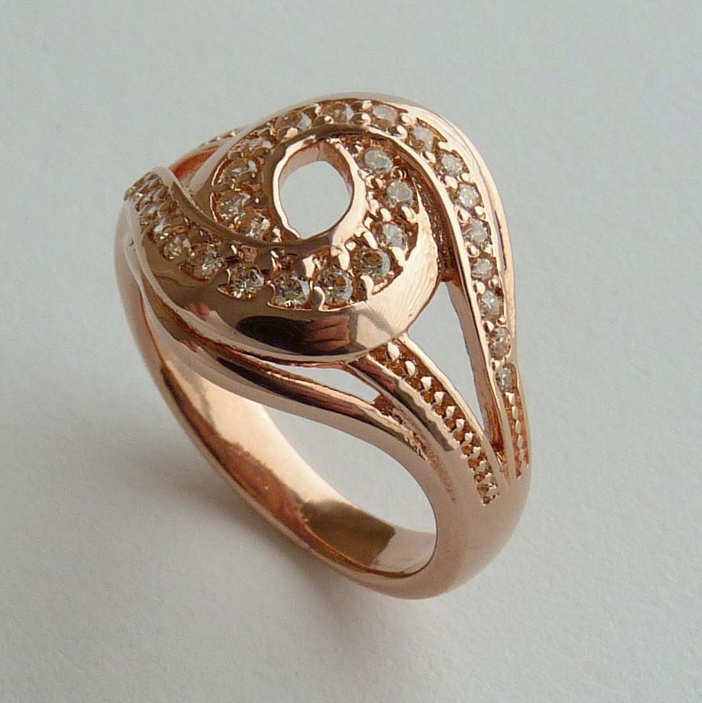 Anel Prata 925 com Garantia e Banho de Ouro Rose 30 Zircônias Aro 17 Cód 7528-17
