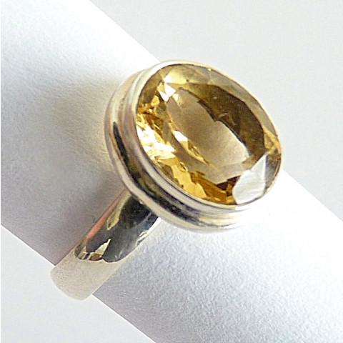 Anel de Prata 925 com Garantia e pedra Preciosa Citrino Natural Cód 7810