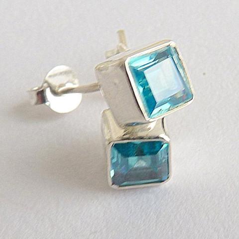 Brinco de Prata 925 com Garantia e Pedra Preciosa Topázio Sky Blue Natural 6699