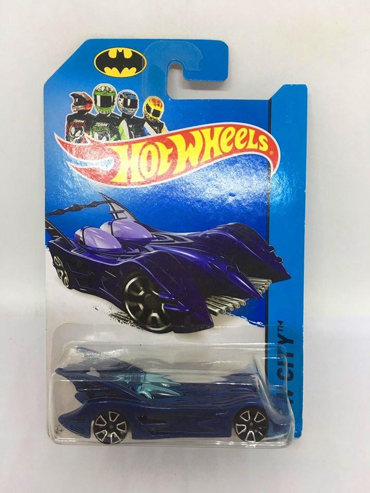 Hot Wheels - Batmobile Azul - Mainline 2014