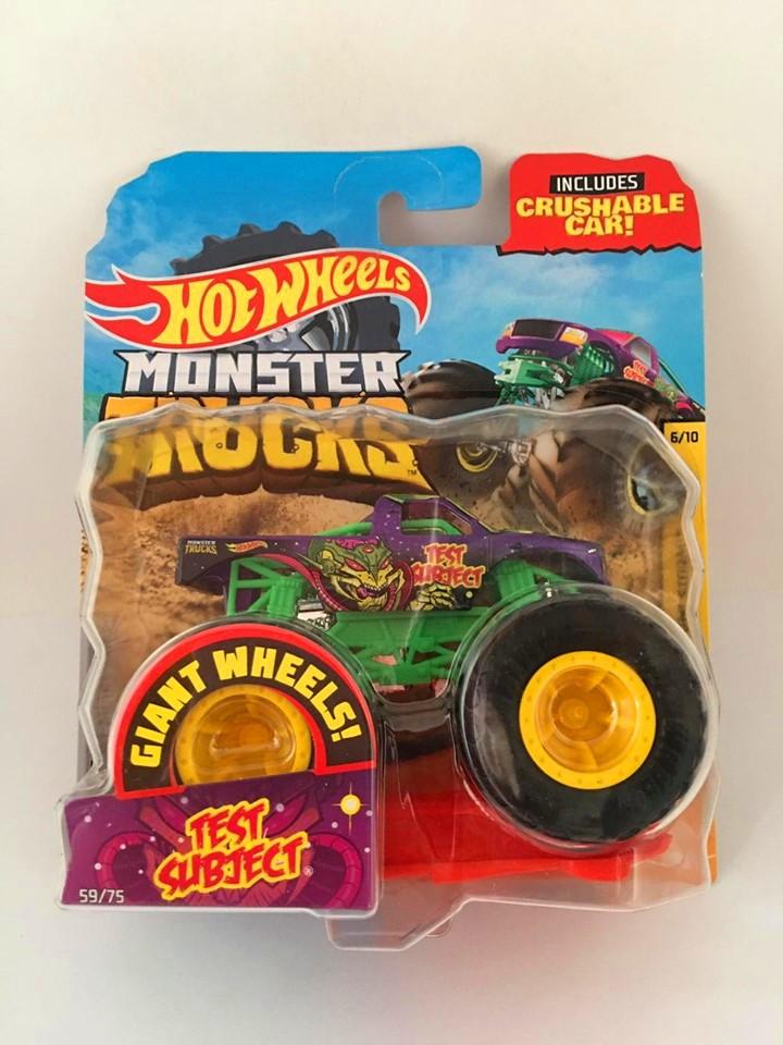 Hot Wheels - Test Subject Roxo - Giant Wheels - Monster Trucks