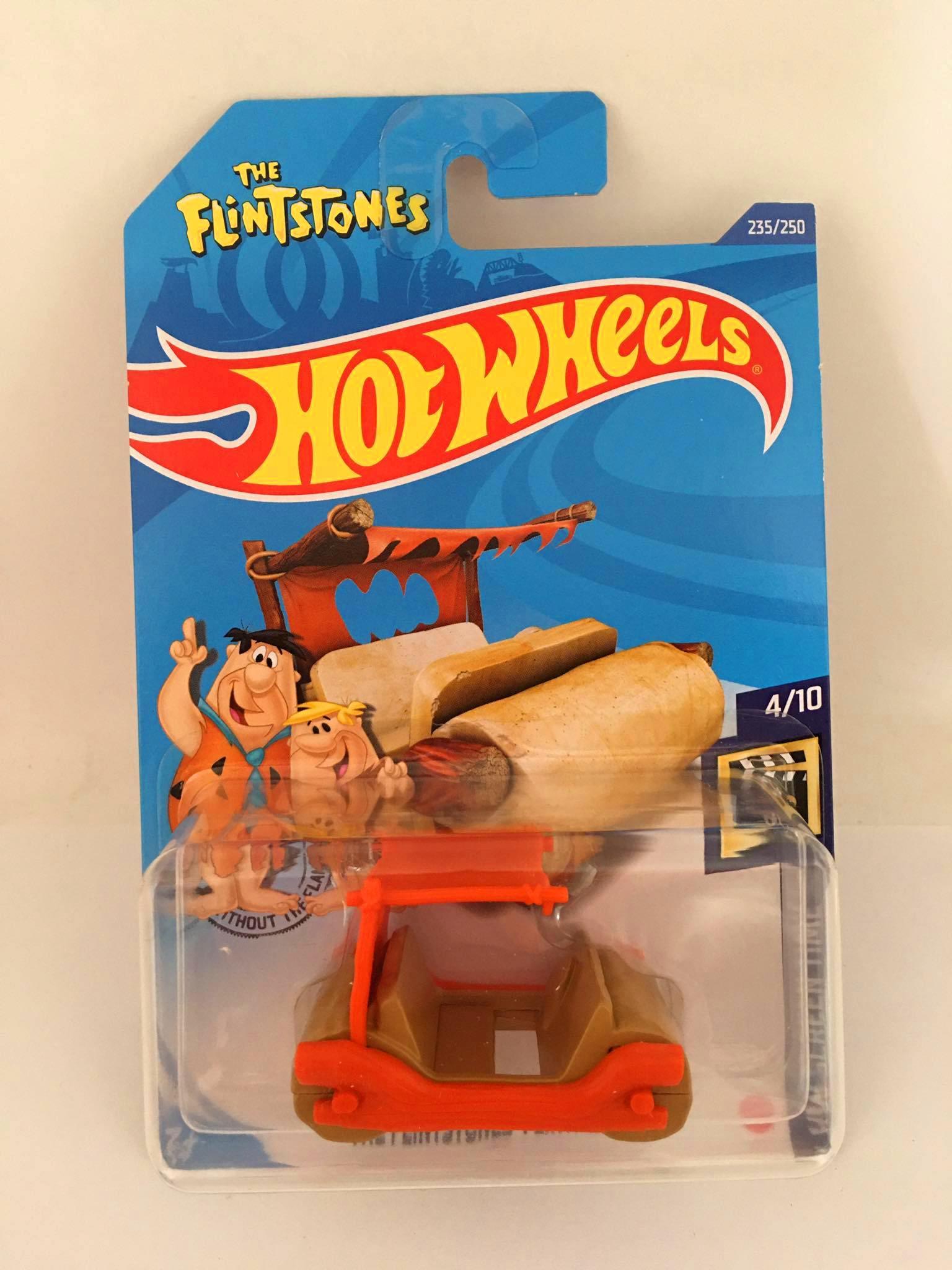Hot Wheels - The Flintstones Flintmobile Bege - Mainline 2020