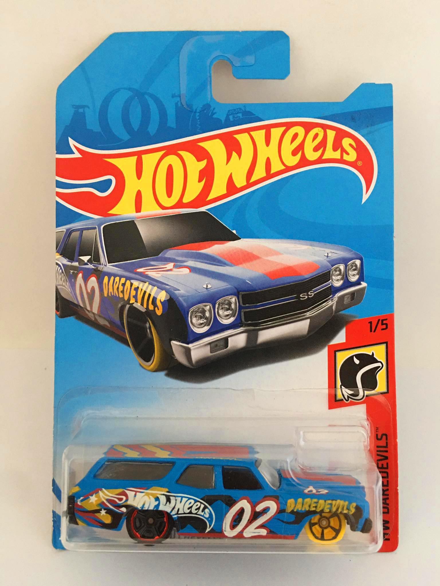 Hot Wheels - 70 Chevelle SS Wagon Azul - Mainline 2018