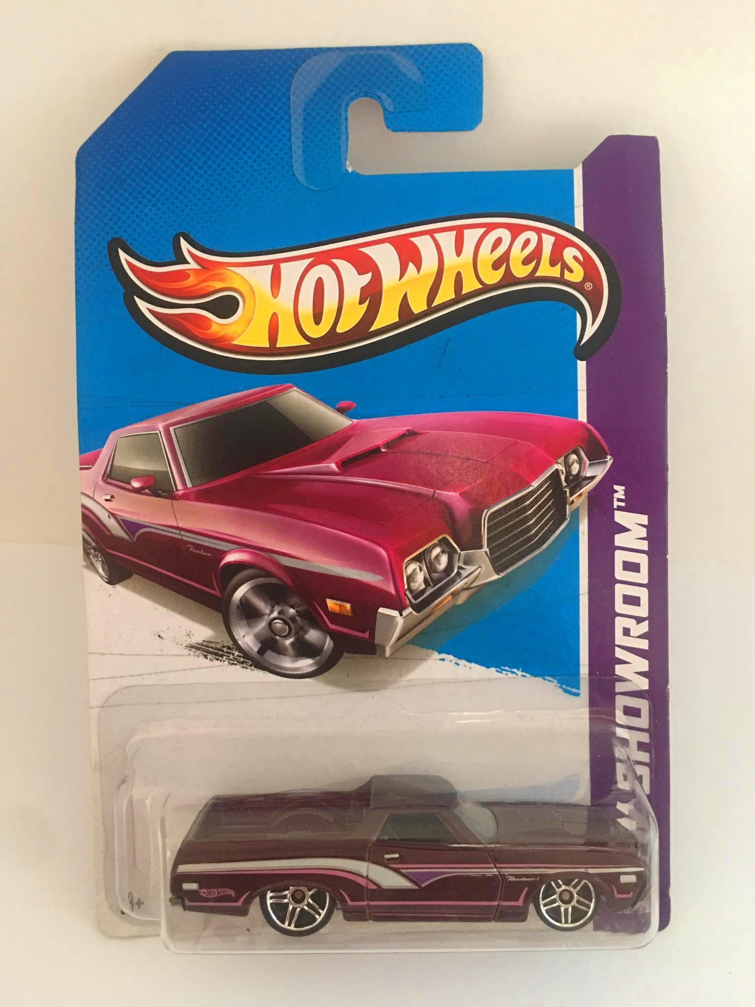 Hot Wheels - 72 Ford Ranchero Roxa - Mainline 2013