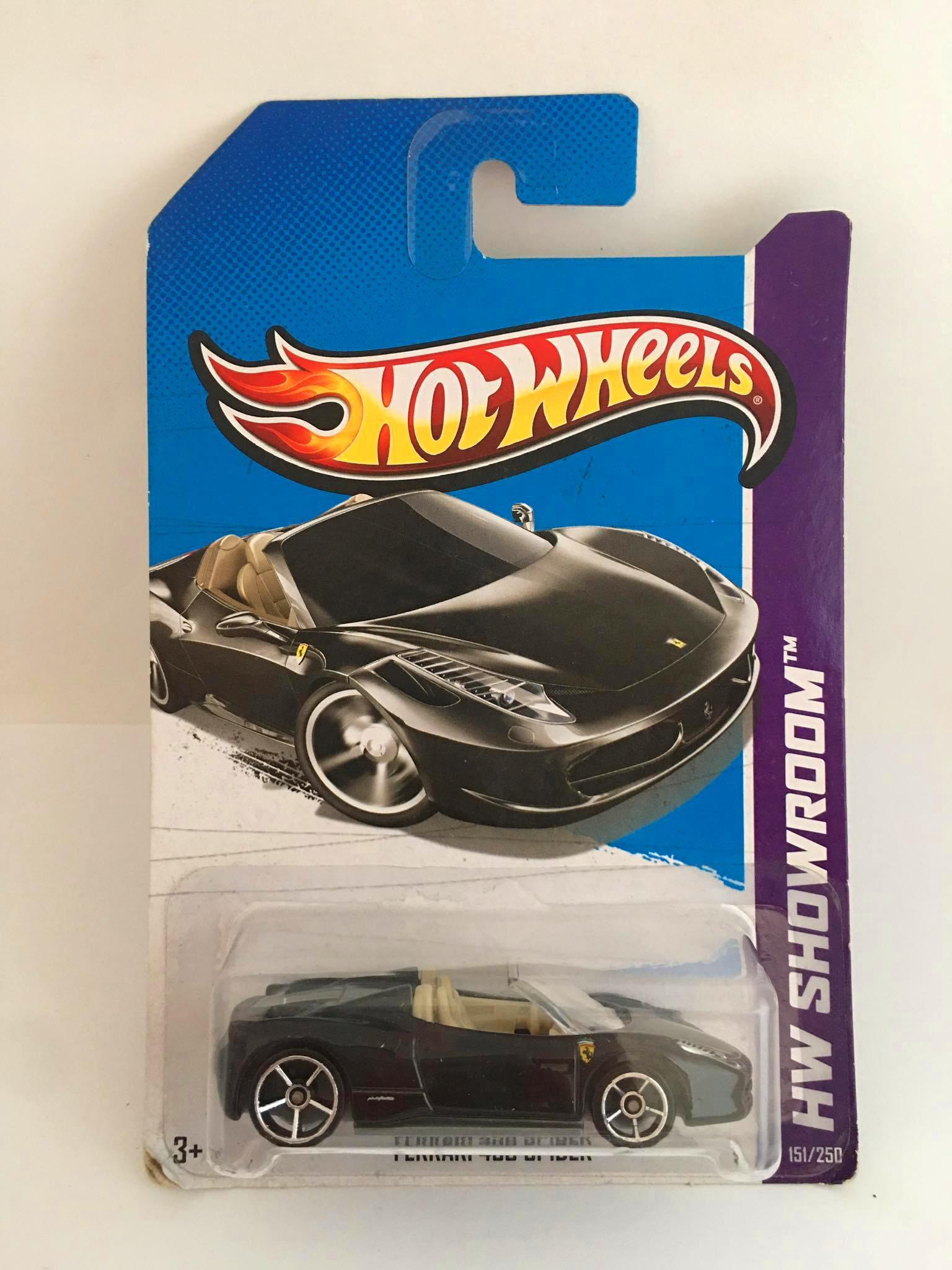 Hot Wheels - Ferrari 458 Spider Preto - Mainline 2013