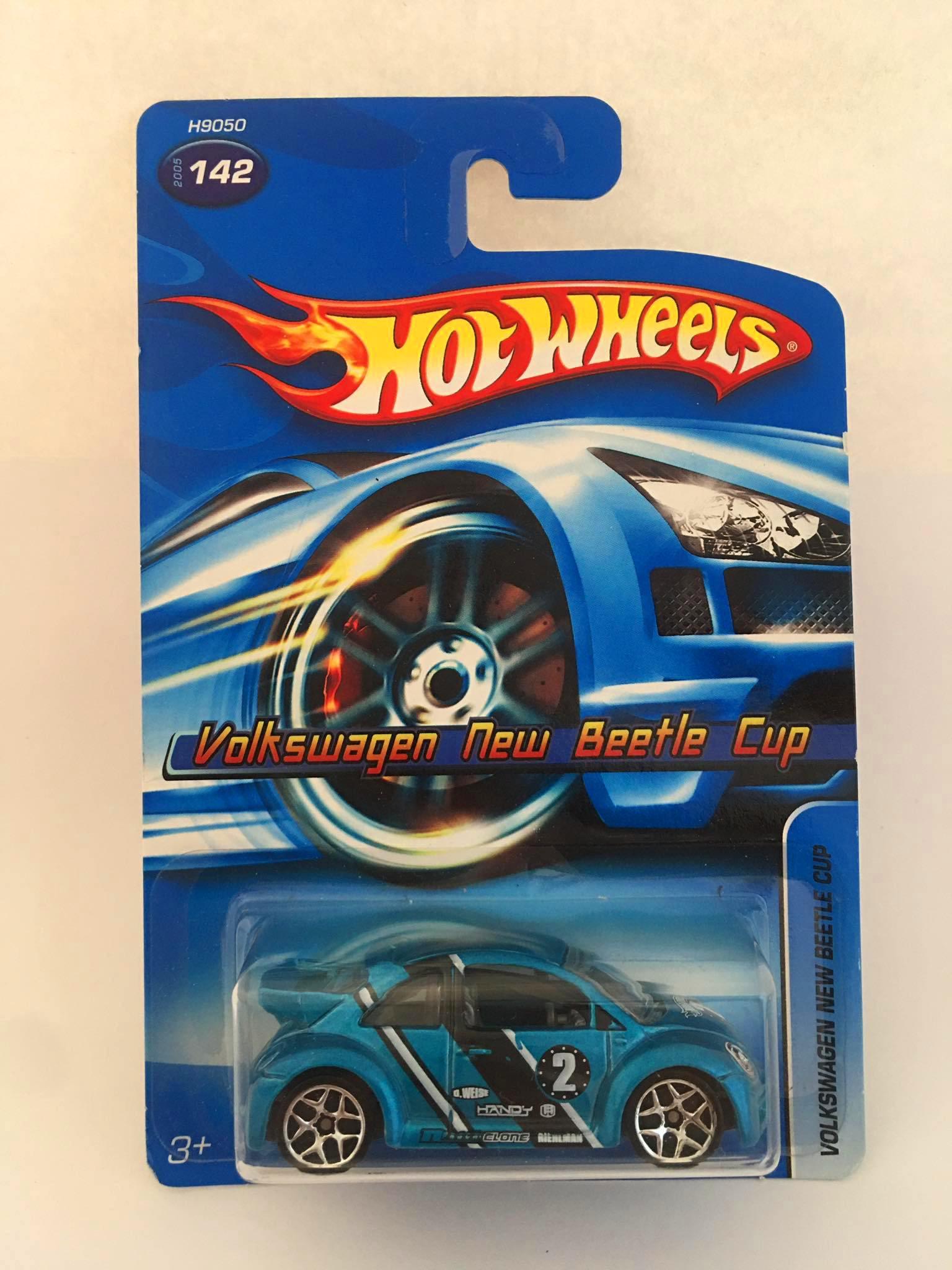 Hot Wheels - Volkswagen New Beetle Cup Azul - Mainline 2005