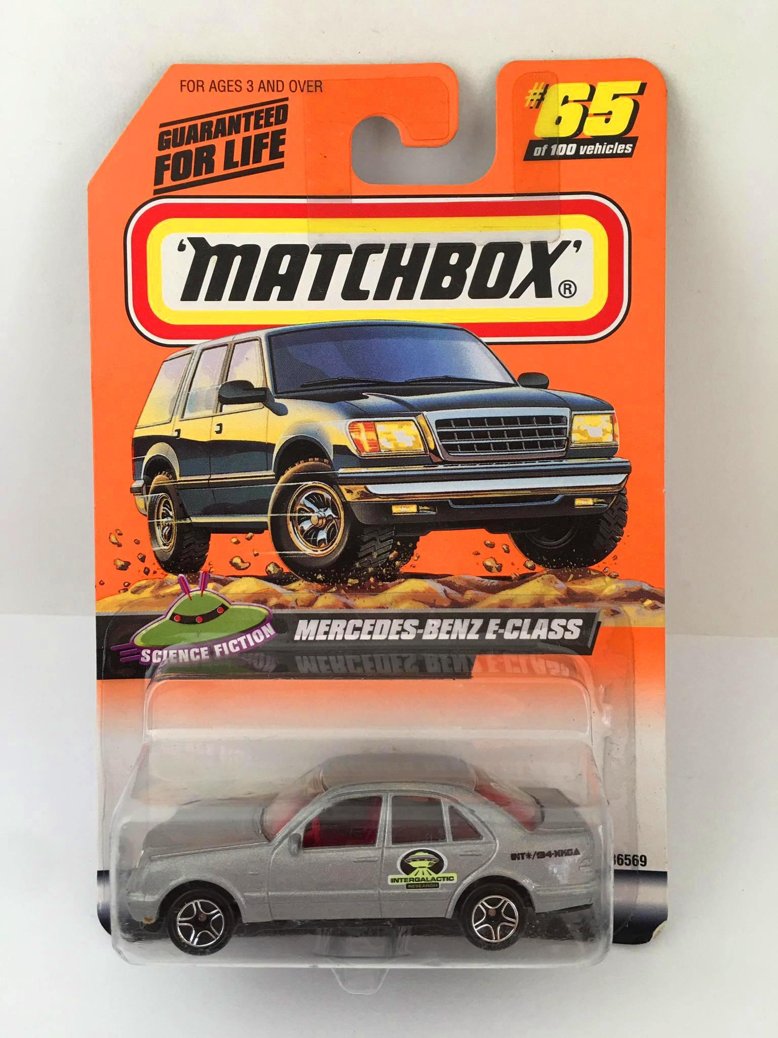 Matchbox - Mercedes-Benz E-Class Cinza - Básico 1999