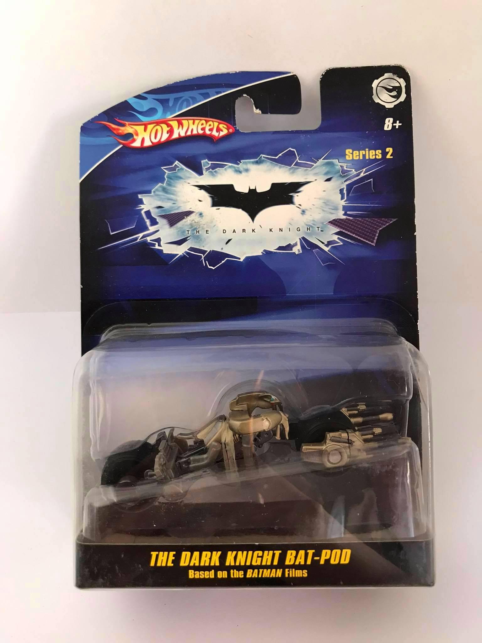 Hot Wheels - The Dark Knight Bat-Pod Based on The Batman Films - The Dark Knight - Escala 1:50