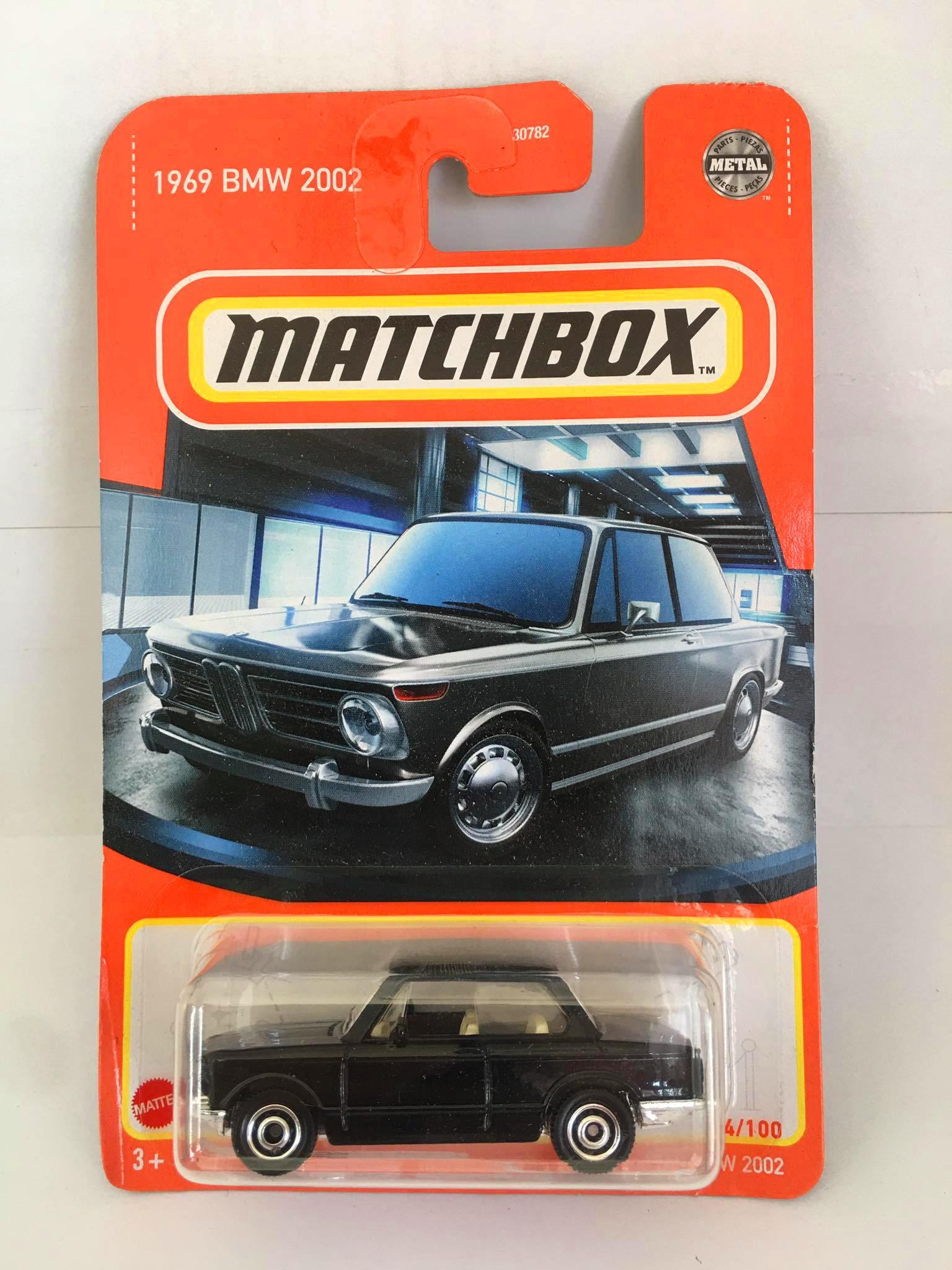 Matchbox - 1969 BMW 2002 Preto - Básico 2021
