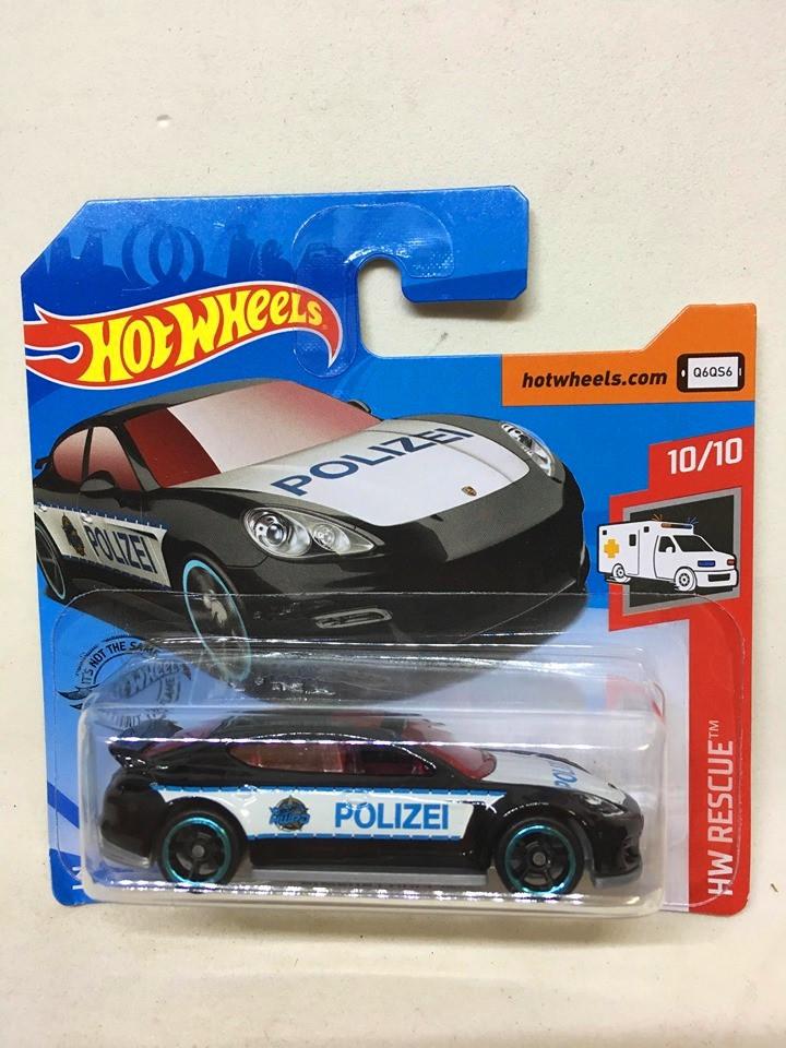 Hot Wheels - Porsche Panamera Preto - Mainline 2019