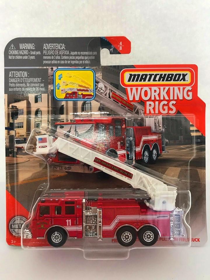 Matchbox - Pierce Velocity Aerial Platform Fire Truck Vermelho - Working Rigs - Básico 2020