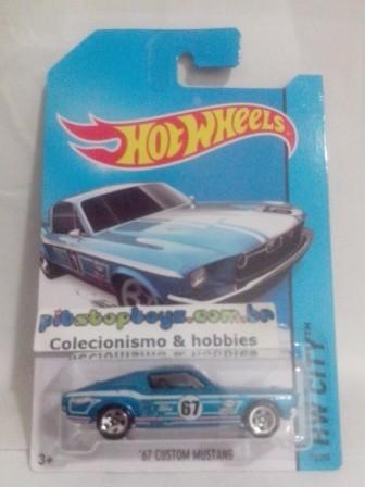 Hot Wheels - 67 Custom Mustang Azul - Mainline 2014