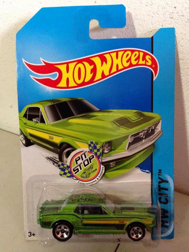 Hot Wheels - 67 Ford Mustang Coupe Verde - Mainline 2014