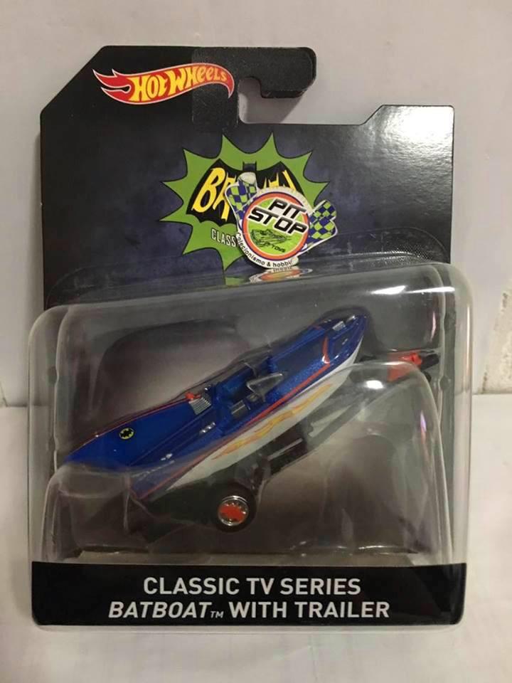 Hot Wheels - Classic TV Series Batboat With Trailer - 2016 Batman Escala 1:50
