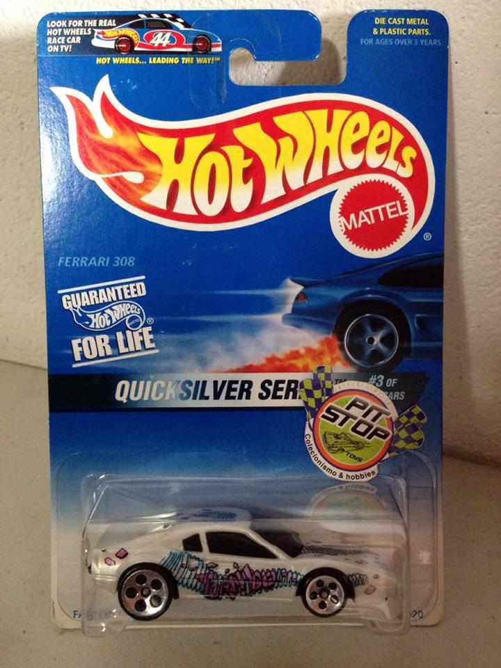 Hot Wheels - Ferrari 308 Branca - Mainline 1997