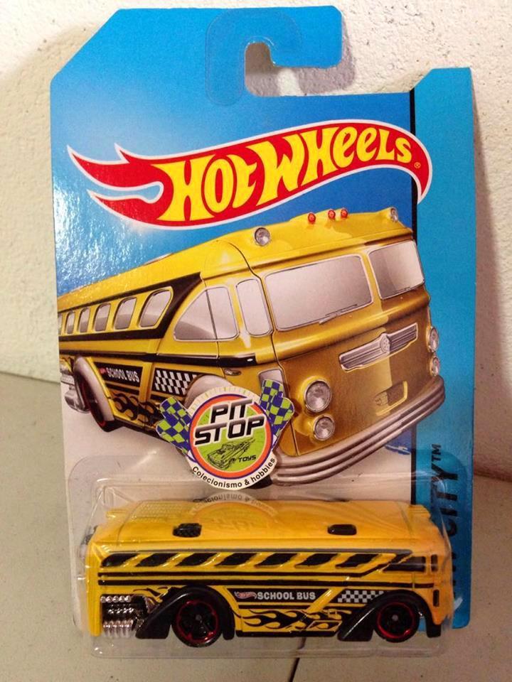 Hot Wheels - Surf Bus Amarelo - Mainline 2014