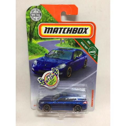 Matchbox - Porsche Panamera Azul - MBX Road Trip - Básico 2018