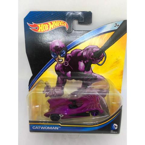 Hot Wheels - Catwoman Rosa - DC Comics