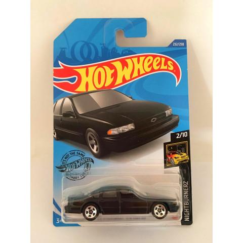 Hot Wheels - 96 Chevrolet Impala Ss Preto - Mainline 2020