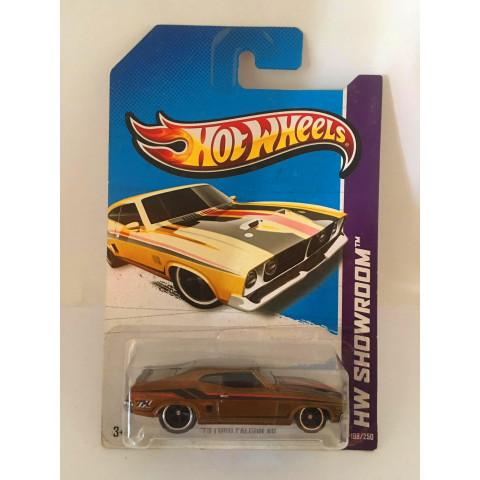 Hot Wheels - 73 Ford Falcon XB  Dourado - Treasure Hunt Super 2013
