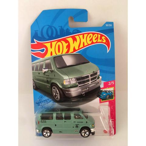 Hot Wheels - Dodge Van - Mainline 2021