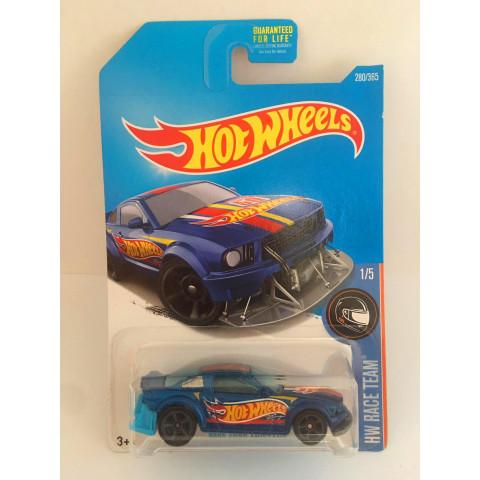 Hot Wheels - 2005 Ford Mustang Azul - Mainline 2016