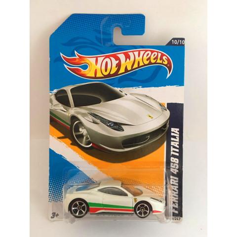 Hot Wheels - Ferrari 458 Italia Branco - Mainline 2012