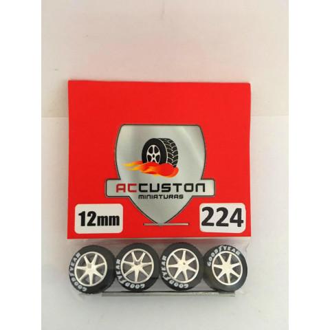 Jogo de Rodas e Eixo para Customização 224 Diâmetro de 12mm Na Cor Prata Pneus Pretos Goodyear