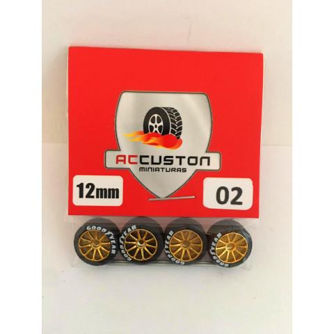 Jogo de Rodas e Eixo para Customização 02 Diâmetro de 12mm Na Cor Dourada Pneus Pretos GoodYear