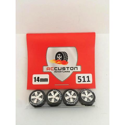 Jogo de Rodas e Eixo para Customização 511 Diâmetro de 14mm Na Cor Prata Pneus Pretos Goodyear