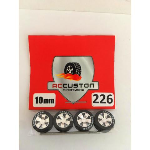 Jogo de Rodas e Eixo para Customização 226 Diâmetro de 10mm Na Cor Prata Pneus Pretos Goodyear