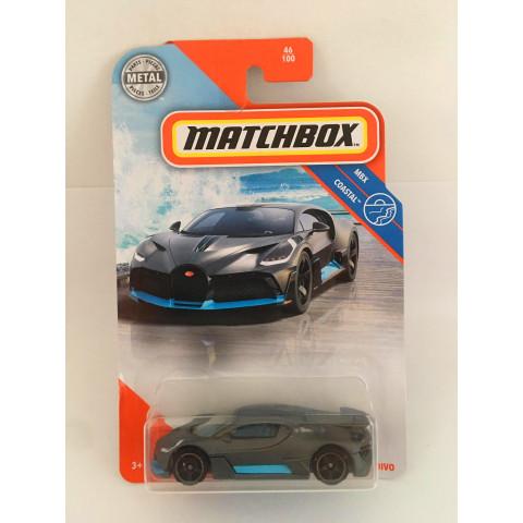 Matchbox - 2018 Bugatti Divo Cinza - Básico 2020